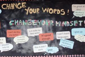 Plakat mit Schrift