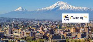 Armeniens Hauptstadt Jerewan mit Berg Ararat (Foto: Serouj Ourishian, CC BY-SA 3.0)