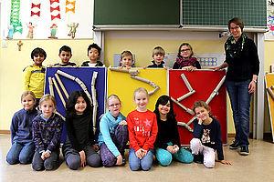 Gruppenbild im Klassenzimmer
