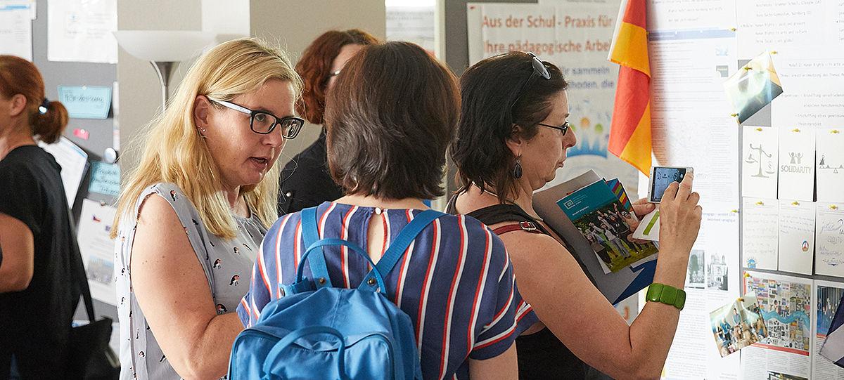 Gruppe Lehrkräfte bei einer Veranstaltung