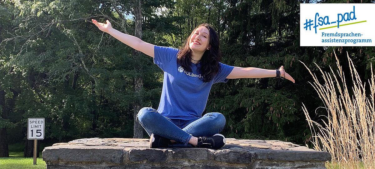 Studentin in den USA - Logo des FSA-Programms
