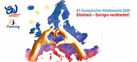 Logos des Wettbewerbs vor gemalter Europakarte mit Händen, die ein Herz zeigen