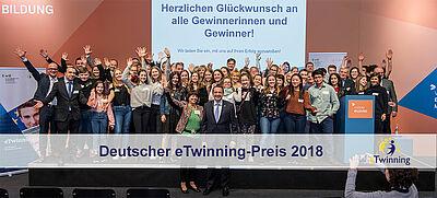 Gewinner/-innen des Deutschen eTwinning-Preises auf der Bühne
