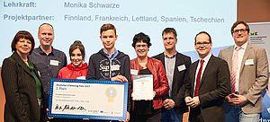 Preisträger des Pestalozzi-Gymnasiums Unna bei der Verleihung des Deutschen eTwinning-Preises auf der Didacta 2018 in Hannover.