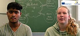 Zwei Schüler im Interview