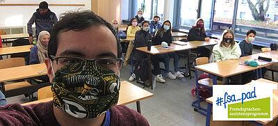 FSA-Programm: Student aus den USA in Klassenzimmer an deutscher Gastschule