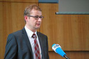 Prof. Dr. Peter Geiss am Rednerpult