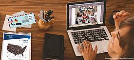Lehrerin bereitet virtuellen Schulaustausch mit den USA im Rahmen von GAVE/GAPP vor